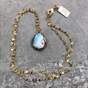 Dainty Peacock Freshwater Pearl 22k Gold Necklace